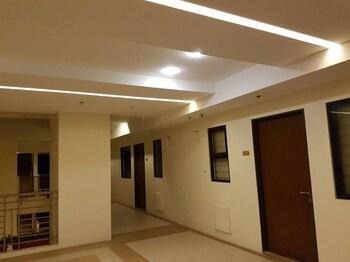 N602 OUTLOOK RIDGE RESIDENCES Hallway