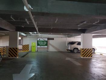 N602 OUTLOOK RIDGE RESIDENCES Parking