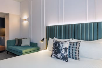 Guestroom at Adina Apartment Hotel Brisbane in Brisbane