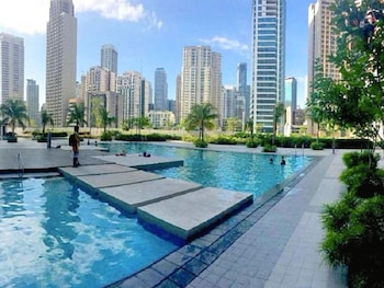 ALL AT JAZZ Outdoor Pool