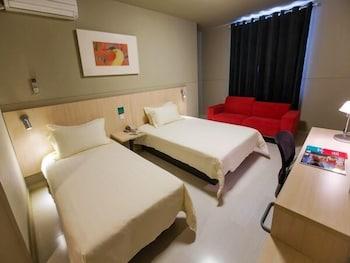 Hotel - Jinjiang Inn Shanghai Qingfang Market Caoan Road