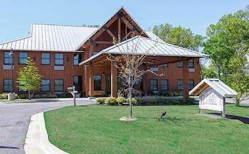 Champions Black Bear Lodge photo