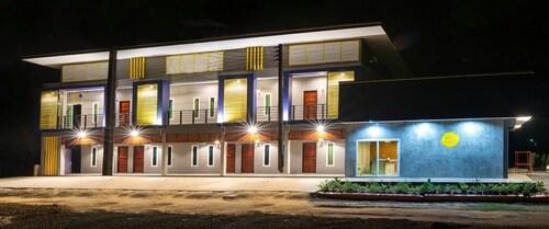 Nithra Ratree Hotel, Kabin Buri