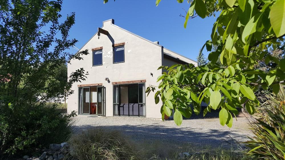 Stuarts Cottage
