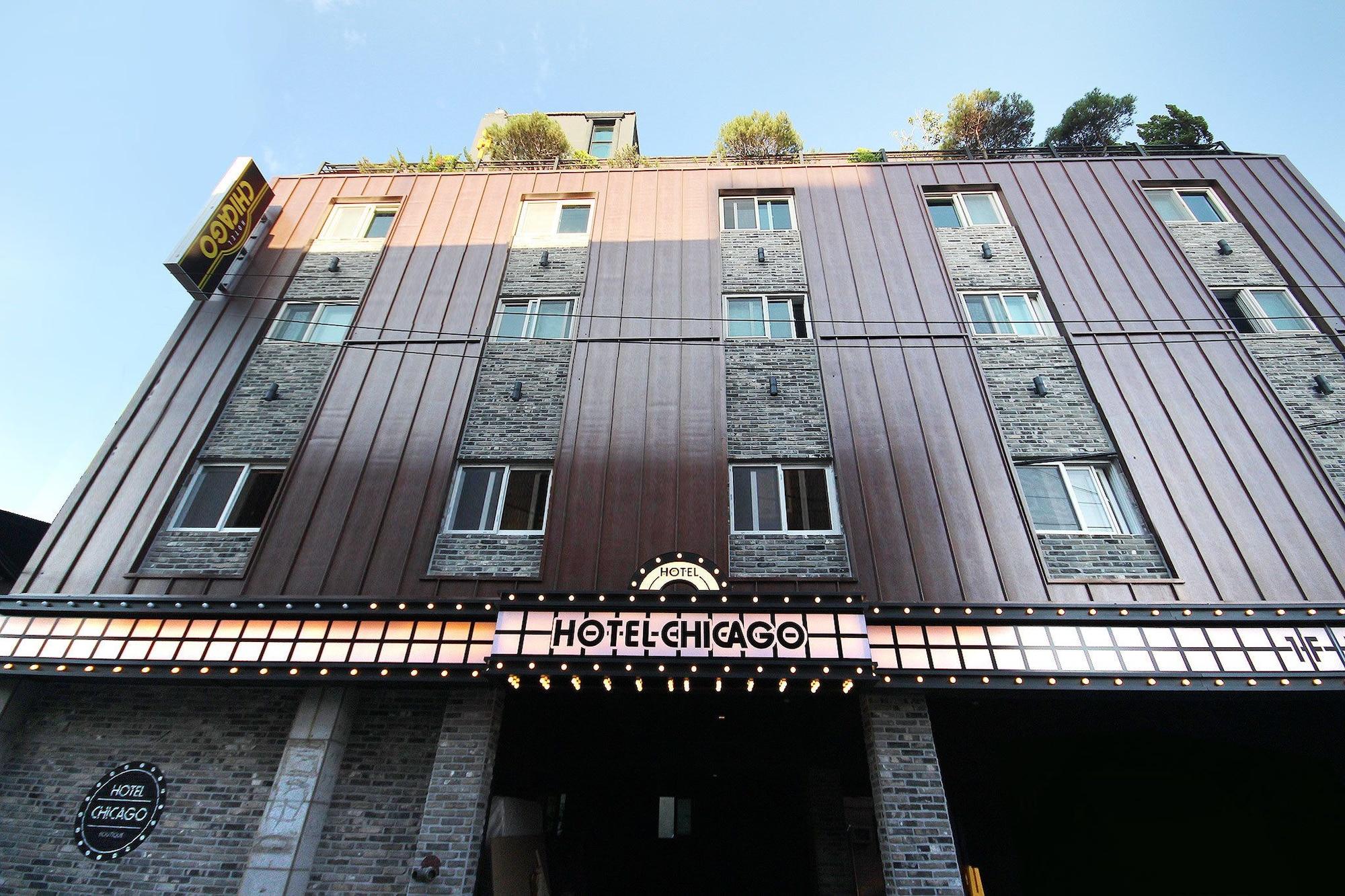 Hotel Chicago, Jinju
