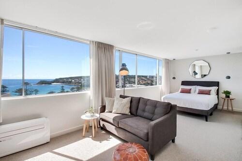 Coastal chic designer apartment, Manly