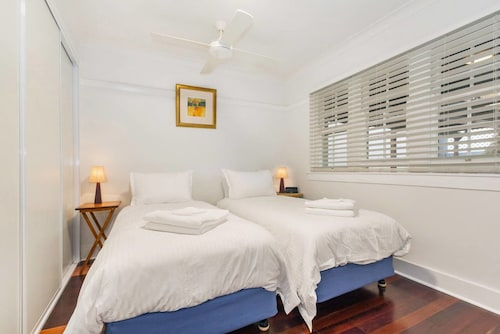 Manly garden apartment, Manly