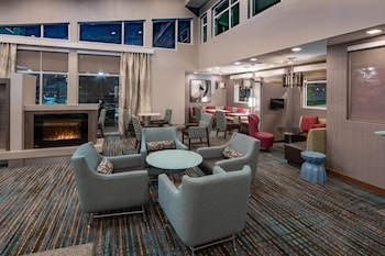 Lobby at Residence Inn by Marriott Dallas at The Canyon in Dallas