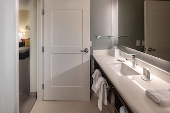 Guestroom at Residence Inn by Marriott Dallas at The Canyon in Dallas