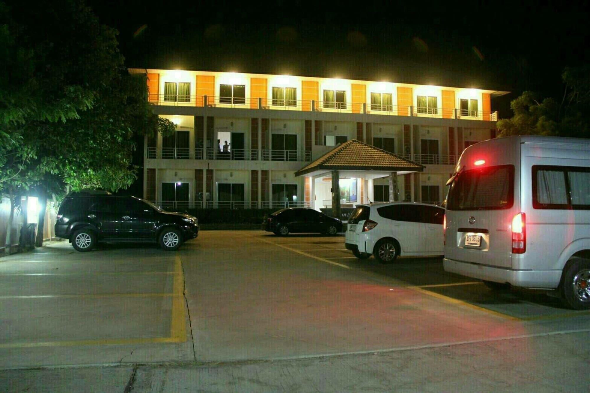 Sakaeogarden Hotel, Muang Sa Kaeo
