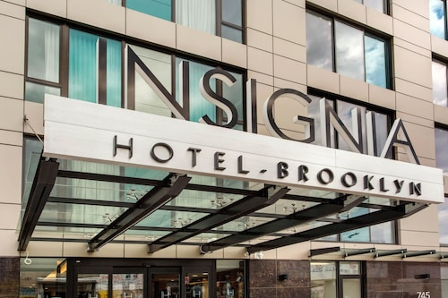 Insignia Hotel An Ascend Hotel, Kings