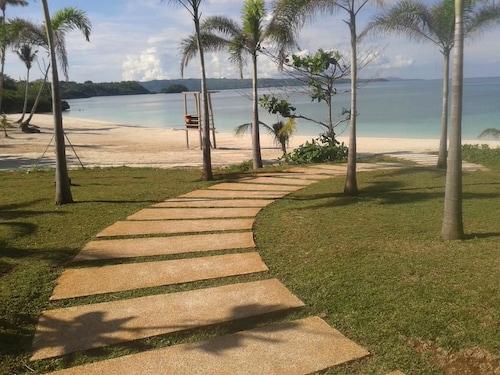 Oceanway Residences - Seaview, Malay