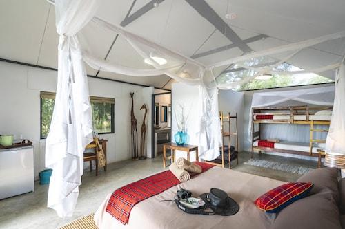 . Caprivi Mutoya Lodge & Campsite