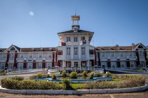 . Hôtel des Thermes Antsirabe