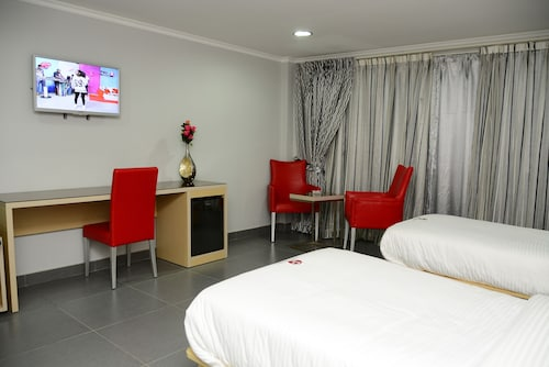 . Hotel Paraiso