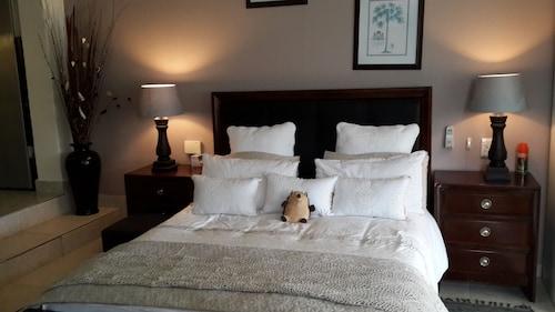 . Fairways Hotel