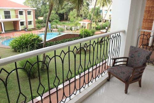 OYO 9283 Home 1 BHK Near LPK Club Candolim, North Goa
