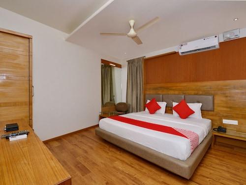OYO 9520 Hotel Aqua City, North Goa