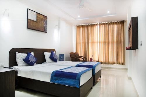 OYO 6130 Hotel N7, Ranga Reddy