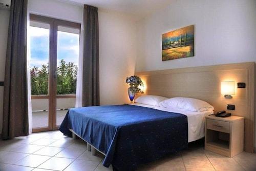 . Hotel La Quercia