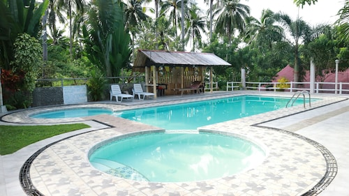 D & A Seaside Cottages, Catarman
