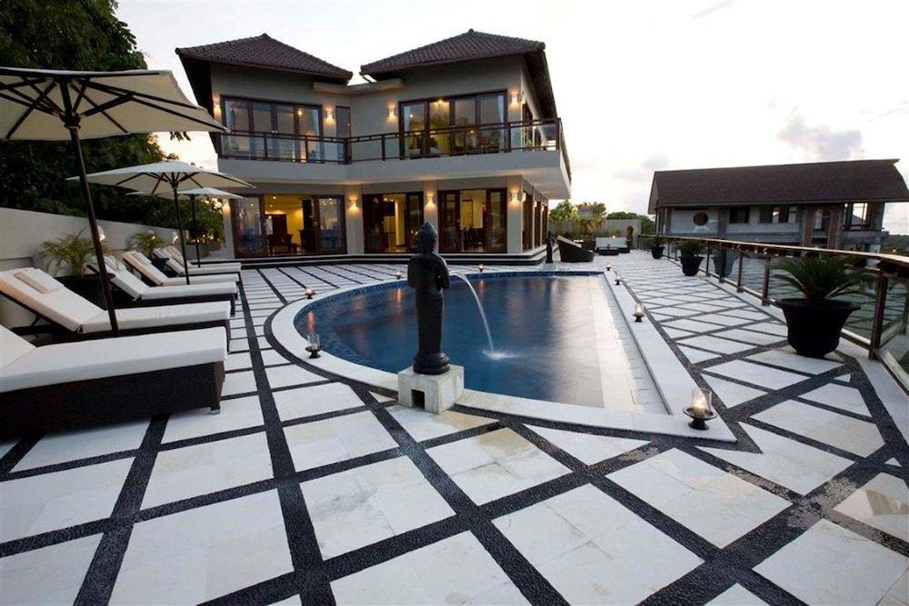 Royalty Villas-12Bedroom Private Pool