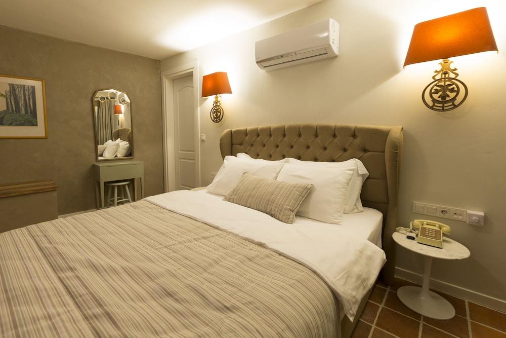 Hotel Pop Alacati | Qantas Hotels