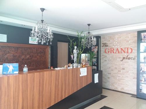 Grand Lopburi Hotel, Muang Lop Buri