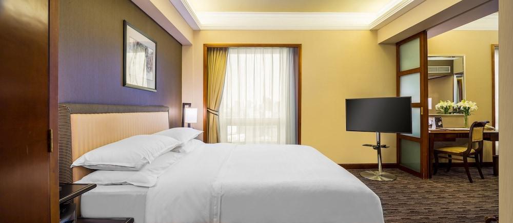 ザ グレート ウォール ホテル北京 (旧ザ グレート ウォール シェラトン ホテル北京) (北京長城飯店 (原北京喜来登長城飯店))
