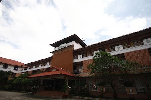 Fah Keang Dao Mansion, Muang Prachin Buri
