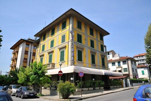 Hotel Savona, Pistoia