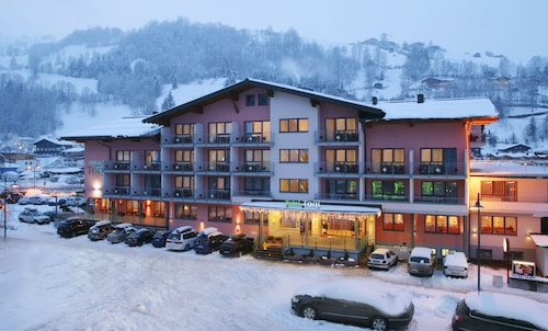 Hotel & Appartements Toni, Zell am See