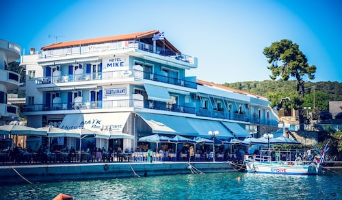 Hotel Mike, Peloponnese