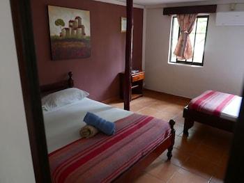 Economy Üç Kişilik Oda, Birden Çok Yatak, Ortak Banyo