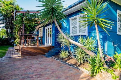 Frankies Beach House, Byron