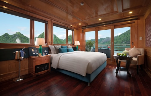 Maya Halong Cruises, Hạ Long