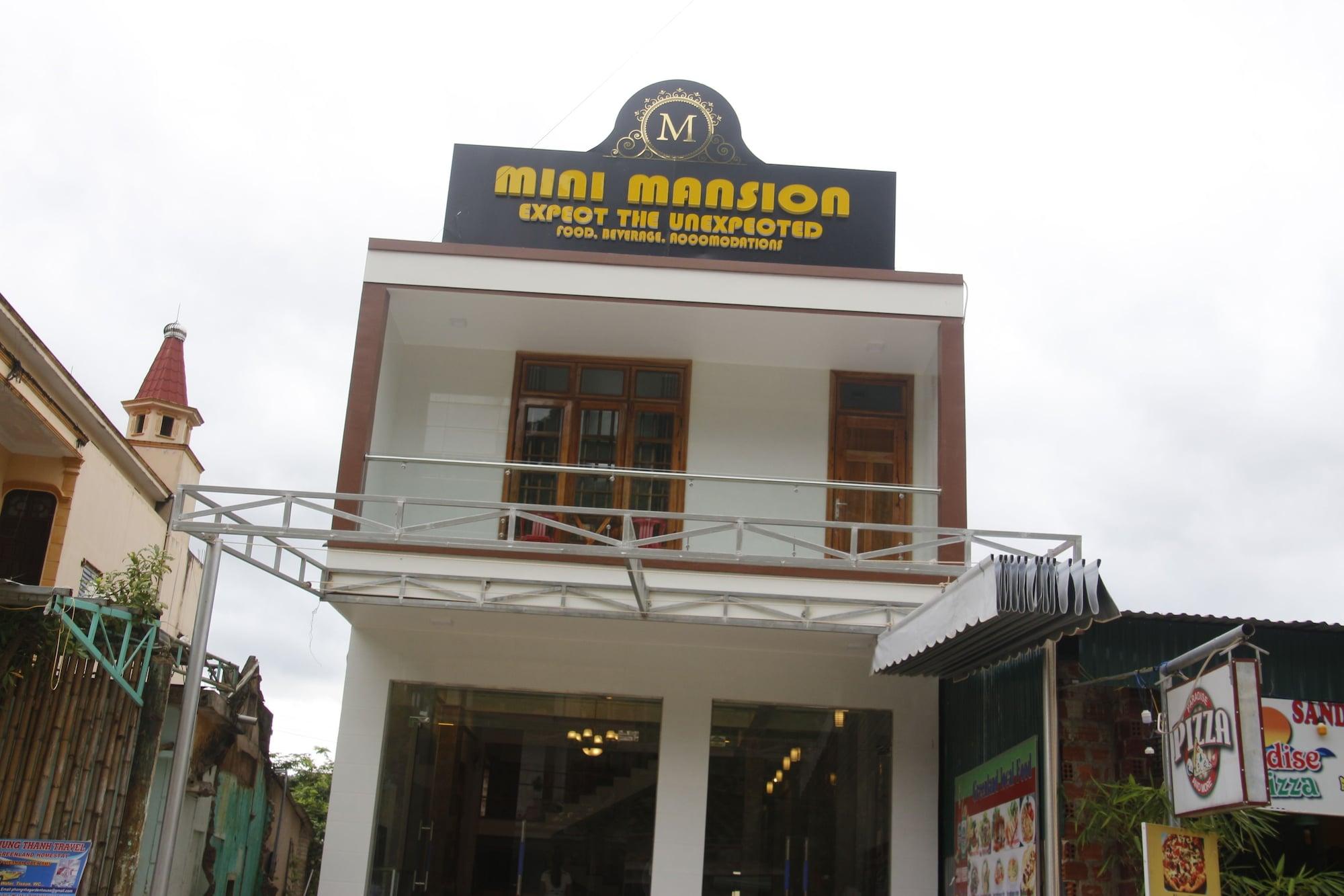 Mini Mansion, Bố Trạch