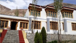 TIH Kailash Mansarovar Home Stay & Guest HS