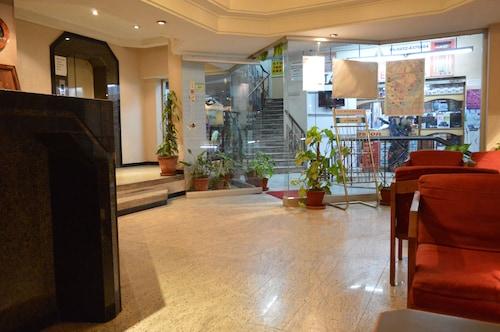 Padmam Hotel, Madurai