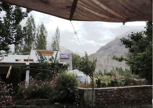 A O Guest House & Home Stay, Leh (Ladakh)