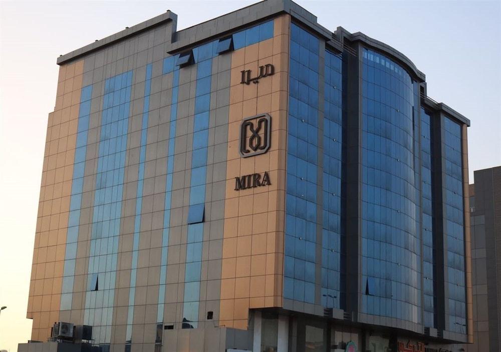 Hotel Mira Suites AlBasateen