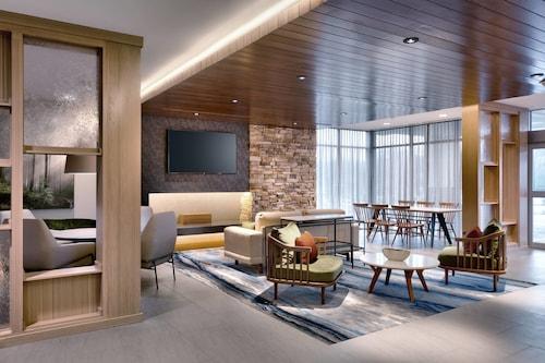 . Fairfield Inn & Suites by Marriott Fort Smith