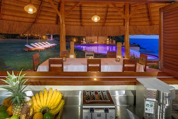 PURE SHORES VILLA Restaurant