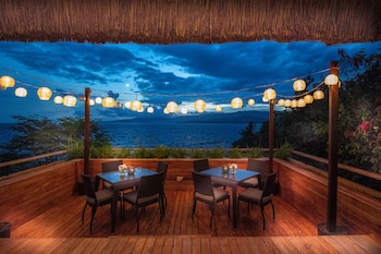 PURE SHORES VILLA Dining