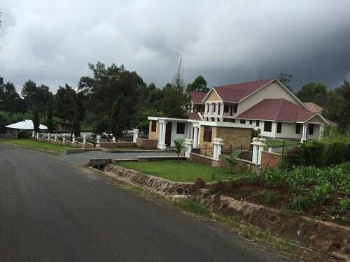 Salinero Millie Lodge, Hai