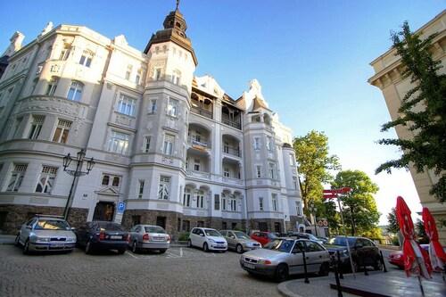 . Bishop Apartments
