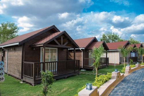 . Sun Hotel and Resort