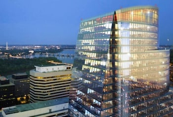 Hotel - BOQ Lodging Apartments In Rosslyn