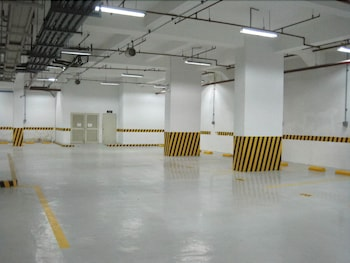 PREMIUM RESIDENCE THE CURRENCY ORTIGAS Parking