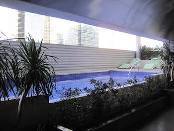 PREMIUM RESIDENCE THE CURRENCY ORTIGAS Outdoor Pool